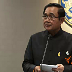 PM pleads with Yingluck's supporters to restrain themselves